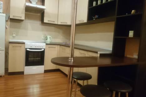 Сдается 1-комнатная квартира посуточно в Челябинске, ул. Академика Королева, 9.