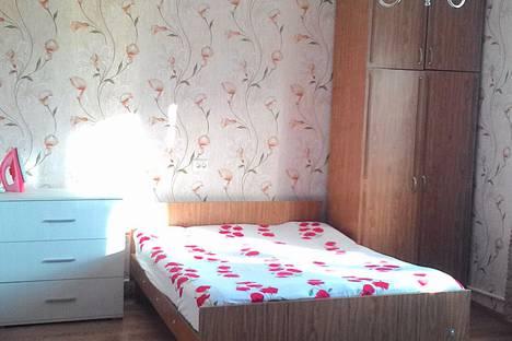 Сдается 2-комнатная квартира посуточно в Феодосии, Старшинова 21.