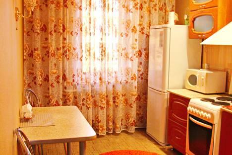 Сдается 1-комнатная квартира посуточно, улица Шамиля Усманова, 27.