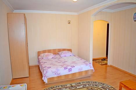 Сдается 1-комнатная квартира посуточно в Ялте, Московская ул., 23.