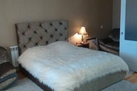 Сдается 1-комнатная квартира посуточно в Набережных Челнах, проспект Сююмбике, 28.