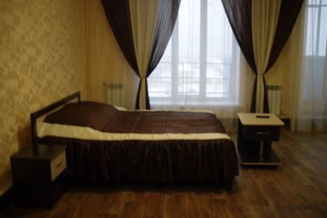 Сдается 1-комнатная квартира посуточно в Черногорске, ул. Генерала Тихонова, 11.