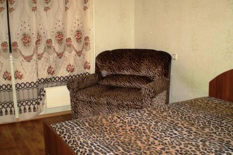 Сдается 1-комнатная квартира посуточно, ул. Тимохина, 14а.