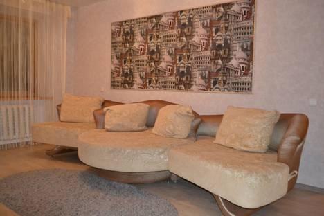 Сдается 3-комнатная квартира посуточно в Хабаровске, ул. Гамарника, 82.