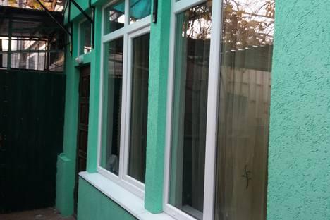 Сдается 1-комнатная квартира посуточно в Алупке, Калинина,34.