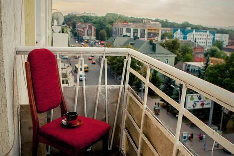 Сдается 3-комнатная квартира посуточнов Ровно, Незалежності 1.