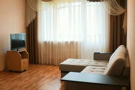 Сдается 2-комнатная квартира посуточно, Офицерская 4г.