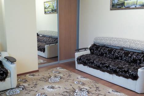 Сдается 2-комнатная квартира посуточно в Адлере, ленина 146.