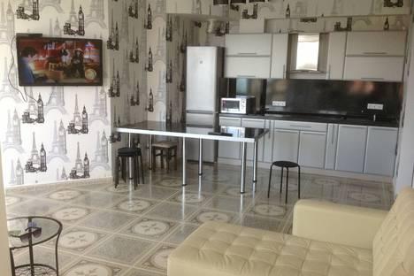 Сдается 1-комнатная квартира посуточно в Адлере, Мира 21.