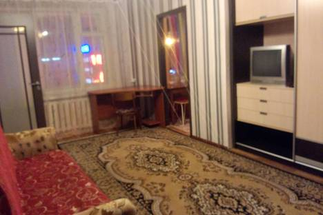 Сдается 2-комнатная квартира посуточно в Петрозаводске, проспект Ленина, 15.