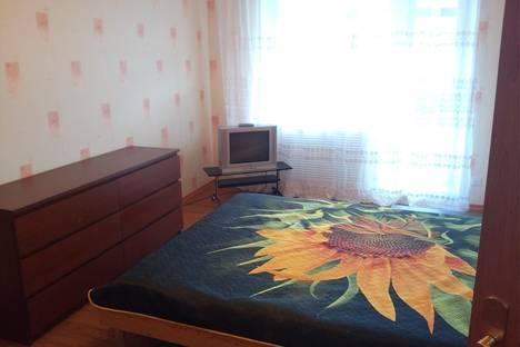 Сдается 1-комнатная квартира посуточно в Петрозаводске, ул. Древлянка, 22.