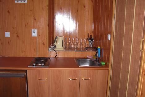 Сдается 2-комнатная квартира посуточно в Феодосии, Нахимова 54.