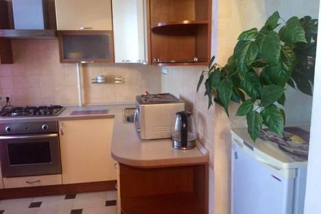 Сдается 1-комнатная квартира посуточно, проспект Ленина, д.20.