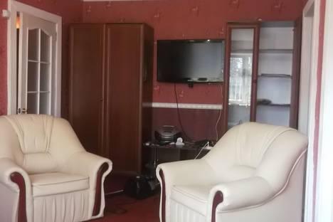 Сдается 3-комнатная квартира посуточно в Феодосии, Боевая 5.