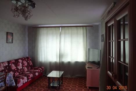 Сдается 3-комнатная квартира посуточнов Мирном, ул. Ленина 13.