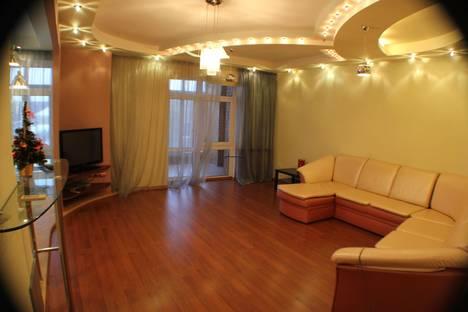 Сдается 1-комнатная квартира посуточнов Омске, Маркса, 15.