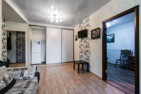 Сдается 2-комнатная квартира посуточнов Екатеринбурге, проспект Ленина, 10/46.