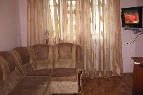 Сдается 2-комнатная квартира посуточно в Бердянске, Розы Люксембург, 31.