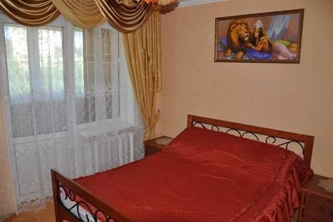 Сдается 2-комнатная квартира посуточно в Партените, ул . Партенитская  дом 7.