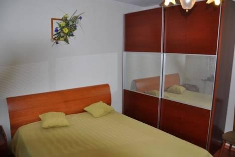 Сдается 2-комнатная квартира посуточно в Партените, ул . Солнечная. дом  15.