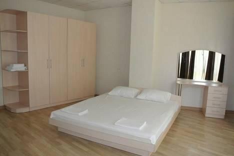 Сдается 3-комнатная квартира посуточнов Гаспре, Пироговская, 18.