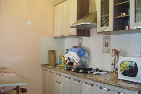 Сдается 1-комнатная квартира посуточно в Феодосии, Циолковского,15.