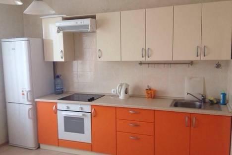 Сдается 1-комнатная квартира посуточнов Казани, ул. Сибгата Хакима, 42.
