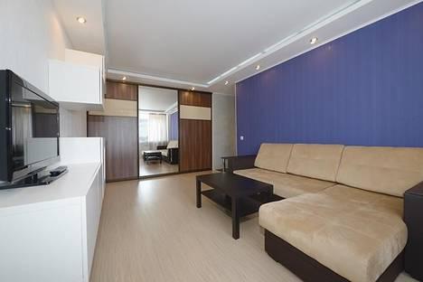 Сдается 2-комнатная квартира посуточно в Челябинске, ул. Свободы 141.