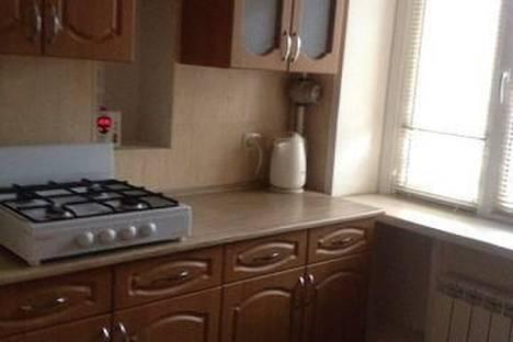Сдается 1-комнатная квартира посуточно во Владикавказе, ул. Владимира Тхапсаева, 20.
