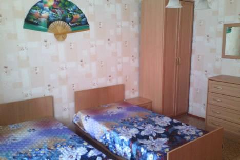 Сдается 2-комнатная квартира посуточнов Новокуйбышевске, ул. Пензенская, 53.