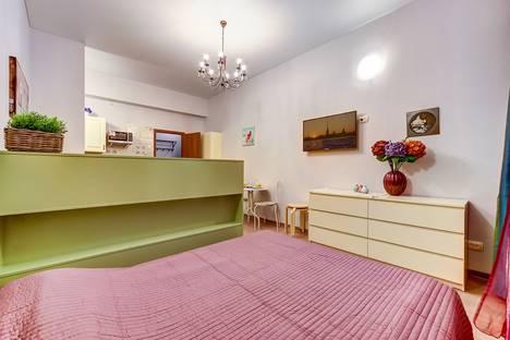 Сдается 1-комнатная квартира посуточнов Павловске, Социалистическая ул., 13.