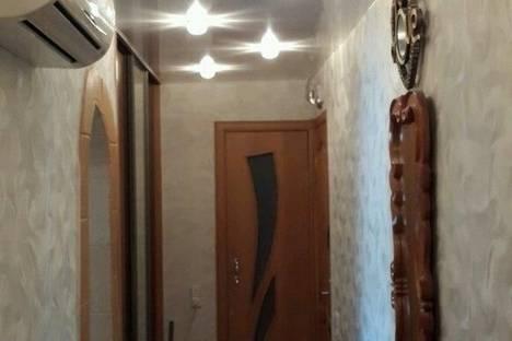 Сдается 2-комнатная квартира посуточнов Яровом, ул. 40 лет Октября, 10.