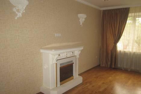 Сдается 3-комнатная квартира посуточнов Оренбурге, ул. Маршала Жукова, 24.