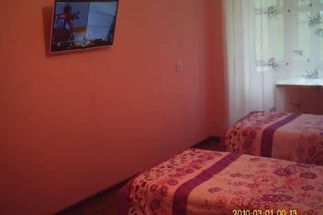 Сдается 2-комнатная квартира посуточно в Верхней Салде, ул. Карла Либкнехта, 14.