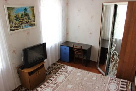 Сдается коттедж посуточно в Керчи, ул. Калинина, 24.