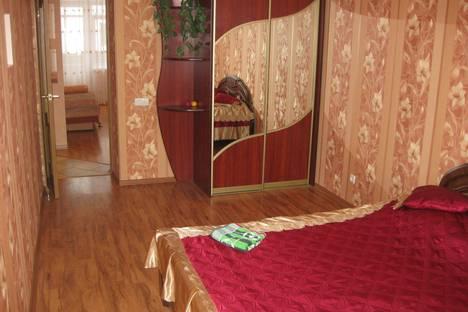 Сдается 2-комнатная квартира посуточно в Гомеле, проспект Победы 18а.