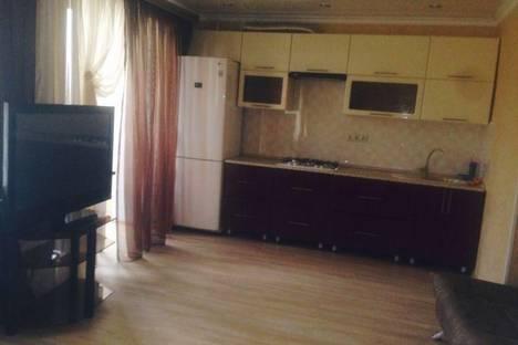 Сдается 1-комнатная квартира посуточново Владикавказе, ул. Алихана Гагкаева, 7.