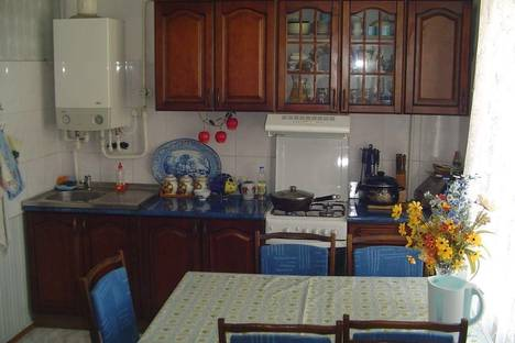 Сдается 3-комнатная квартира посуточно, проспект Гагарина 49 кв 3.