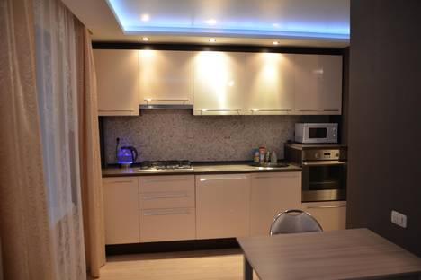Сдается 2-комнатная квартира посуточнов Вологде, октябрьская 27.