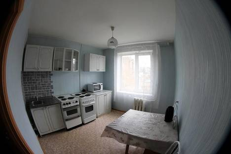 Сдается 2-комнатная квартира посуточно в Чите, ул. Николая Островского, 52.
