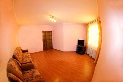 Сдается 2-комнатная квартира посуточно в Чите, ул. Бабушкина, 32Б.