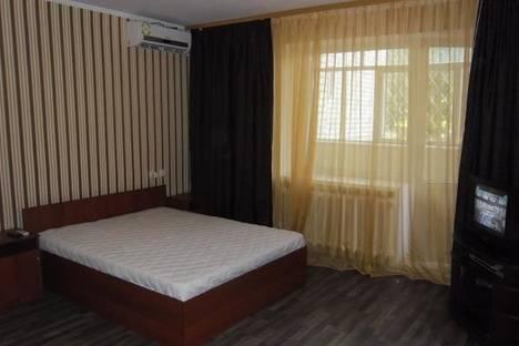 Сдается 1-комнатная квартира посуточно в Кременчуге, цюрупы 15.
