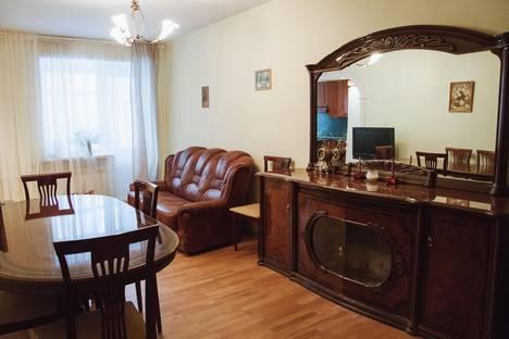 Сдается 3-комнатная квартира посуточно в Нижнем Новгороде, Новая 32.