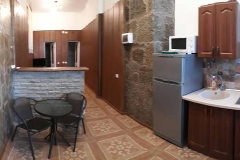 Сдается 1-комнатная квартира посуточно в Алупке, Фрунзе 11 кв 4.