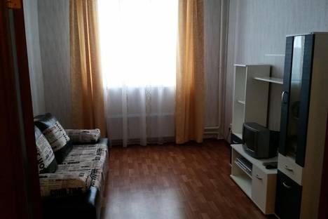 Сдается 1-комнатная квартира посуточно, ул. Генерала Смирнова, 4.