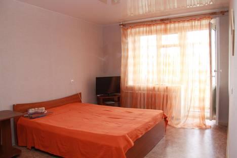 Сдается 1-комнатная квартира посуточнов Томске, улица Тверская, д. 90.