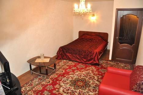 Сдается 1-комнатная квартира посуточно в Саратове, Рахова, 171/179.