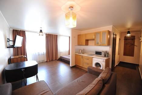 Сдается 1-комнатная квартира посуточно в Тюмени, республики, 86.