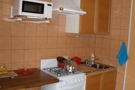 Сдается 2-комнатная квартира посуточно, ул.Первомайская 17.