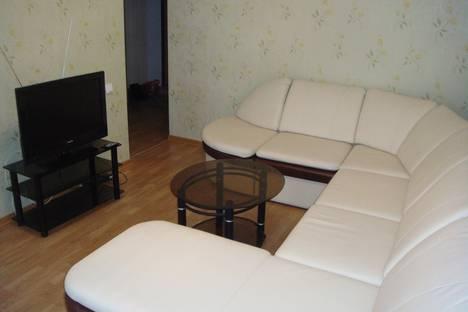 Сдается 1-комнатная квартира посуточнов Кирове, Казанская 86.